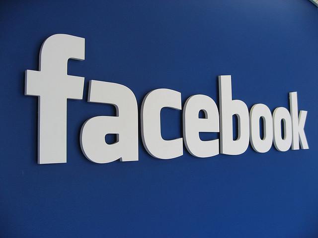 Facebook hirdetés tervezhető költséggel